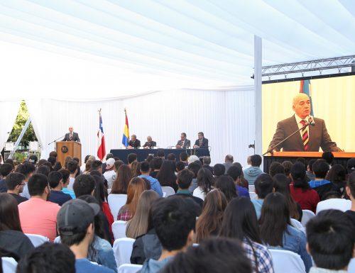 USM recibe oficialmente a alumnos de primer año en Vitacura