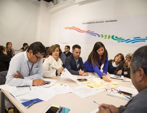 Representantes ciudadanos de la V Región definen desafíos del rubro energético en la USM