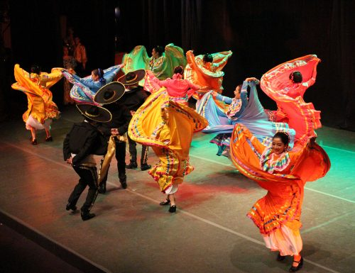 El color y el baile presentes en Gala Artística DEFIDER 2018