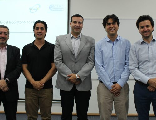 Académicos y profesionales del rubro fotovoltaico participan en workshop de la USM
