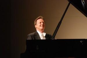 Rheingau Musik Festival: Alfredo Perl im Fürst-von-Metternich-Saal auf Schloss Johannisberg