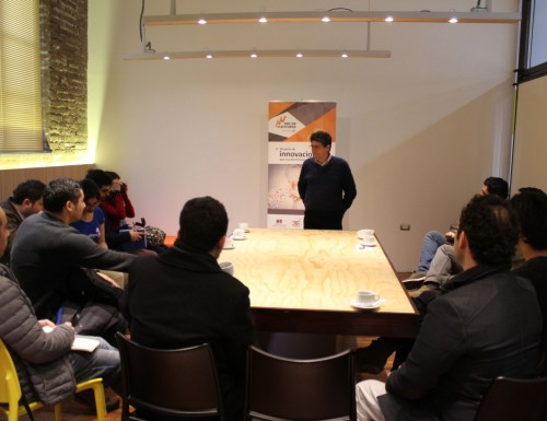 Instituto 3IE de la USM realizó taller de autoliderazgo y trabajo en equipo para emprendedores