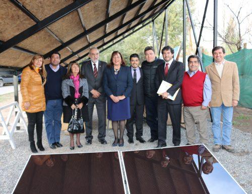 Proyecto de energía sustentable encabezado por la USM Viña del Mar instaló paneles fotovoltaicos en la comuna de Calle Larga en Los Andes