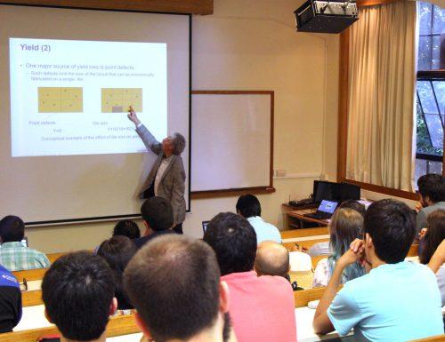 Escuela de Diseño de Circuitos Integrados se desarrolló por primera vez en la USM