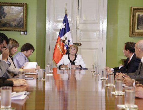 Rectores del G9 se reúnen con la Presidenta Bachelet y entregan sus planteamientos sobre la reforma a la educación superior