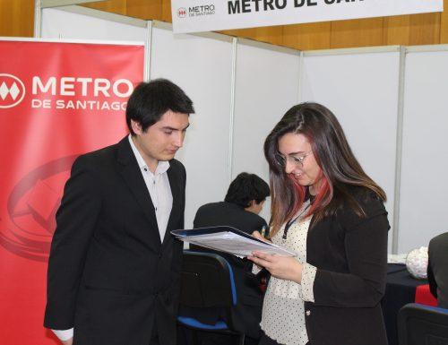 Masiva convocatoria tuvo Feria Empresa y Trabajo USM en San Joaquín