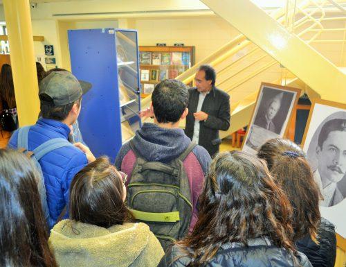 Alumnos de la USM conocen obra del destacado poeta Rubén Darío